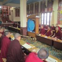 Gebete und Meditationen im Tempel des Nonnenklosters