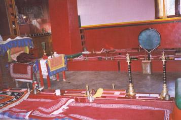 Einrichtung der Gonpa