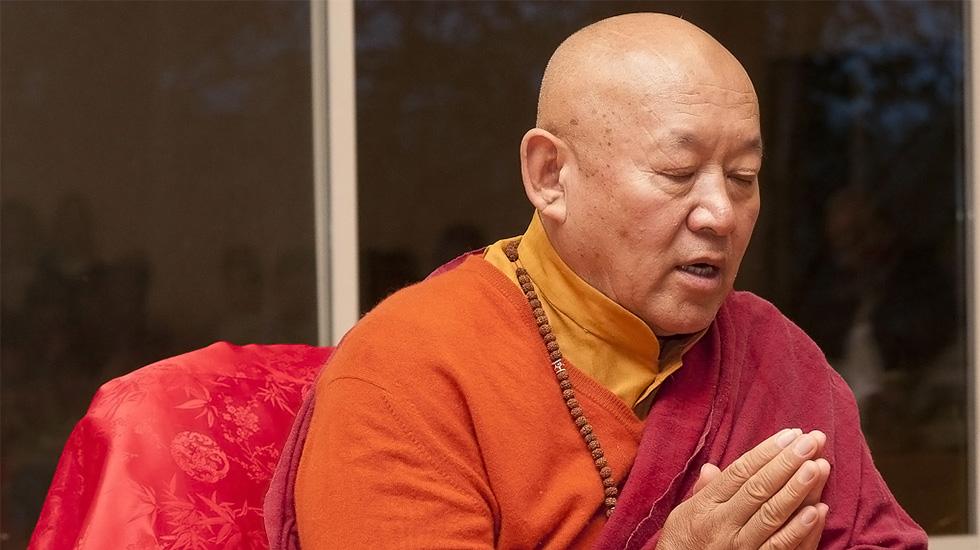 Meditationspraxis gegen die Pandemie von S.H. Drikung Kyabgön